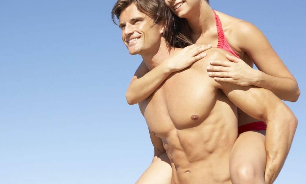 La depilación láser de pecho y abdomen en el hombre